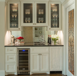 Updated Traditional Wet Bar