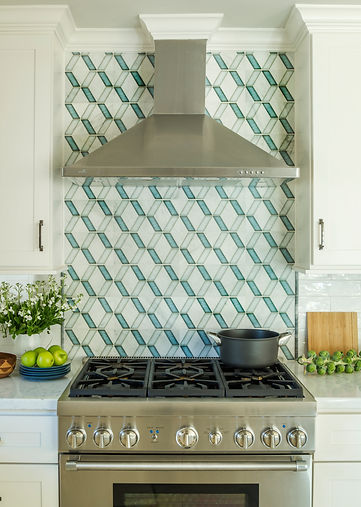 Geometric backsplash tile with industrial range hood, Houston interior designer, designer near me, houston design services, austin designer, san antonio interior designer, design services near me