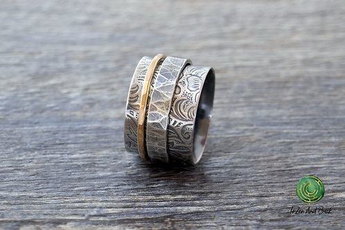 Floral Embossed Spinner Ring with Narrow & Wide Spinner