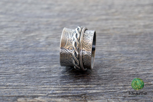 Floral Embossed Spinner Ring with Narrow & Braid Spinner