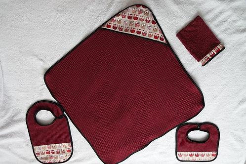 Kit naissance complet: cape de bain + bavoirs + gant de toilette