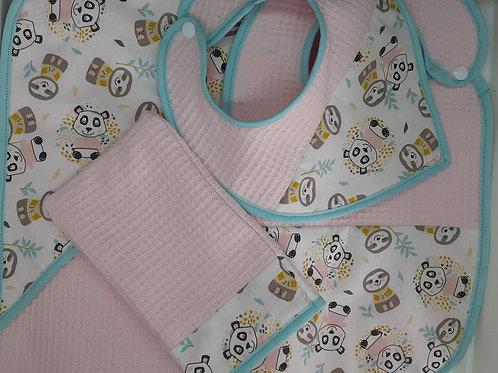 Kit naissance complet: cape de bain + bavoirs + gant de toilette personnalisé