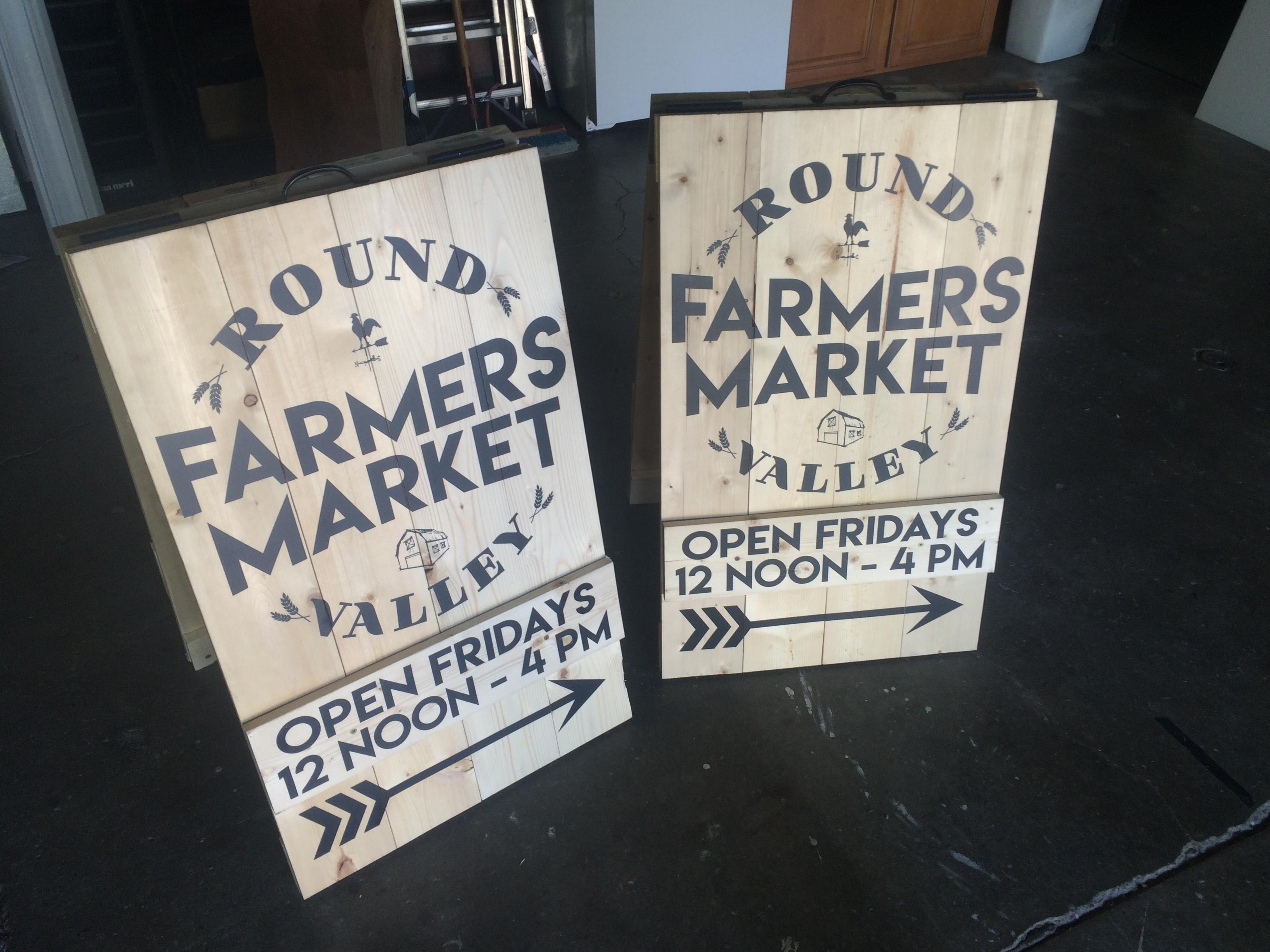 Round Farmers Market