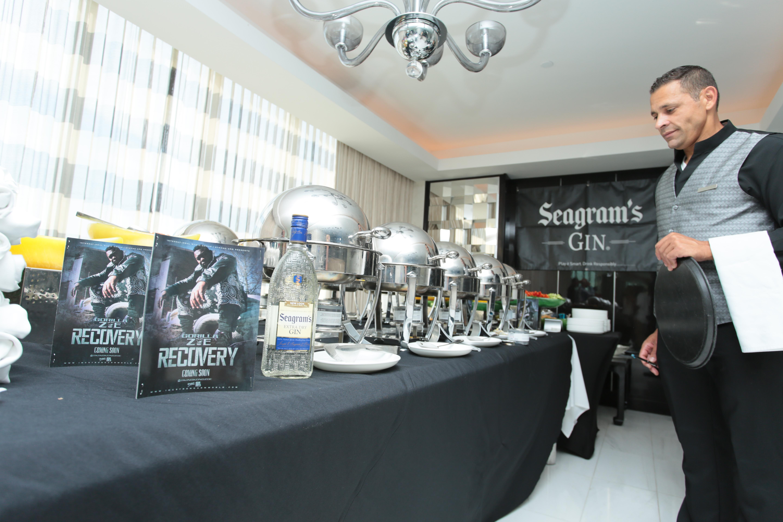Flo Rida Gifting Suite - Fontainebleau - Miami 1
