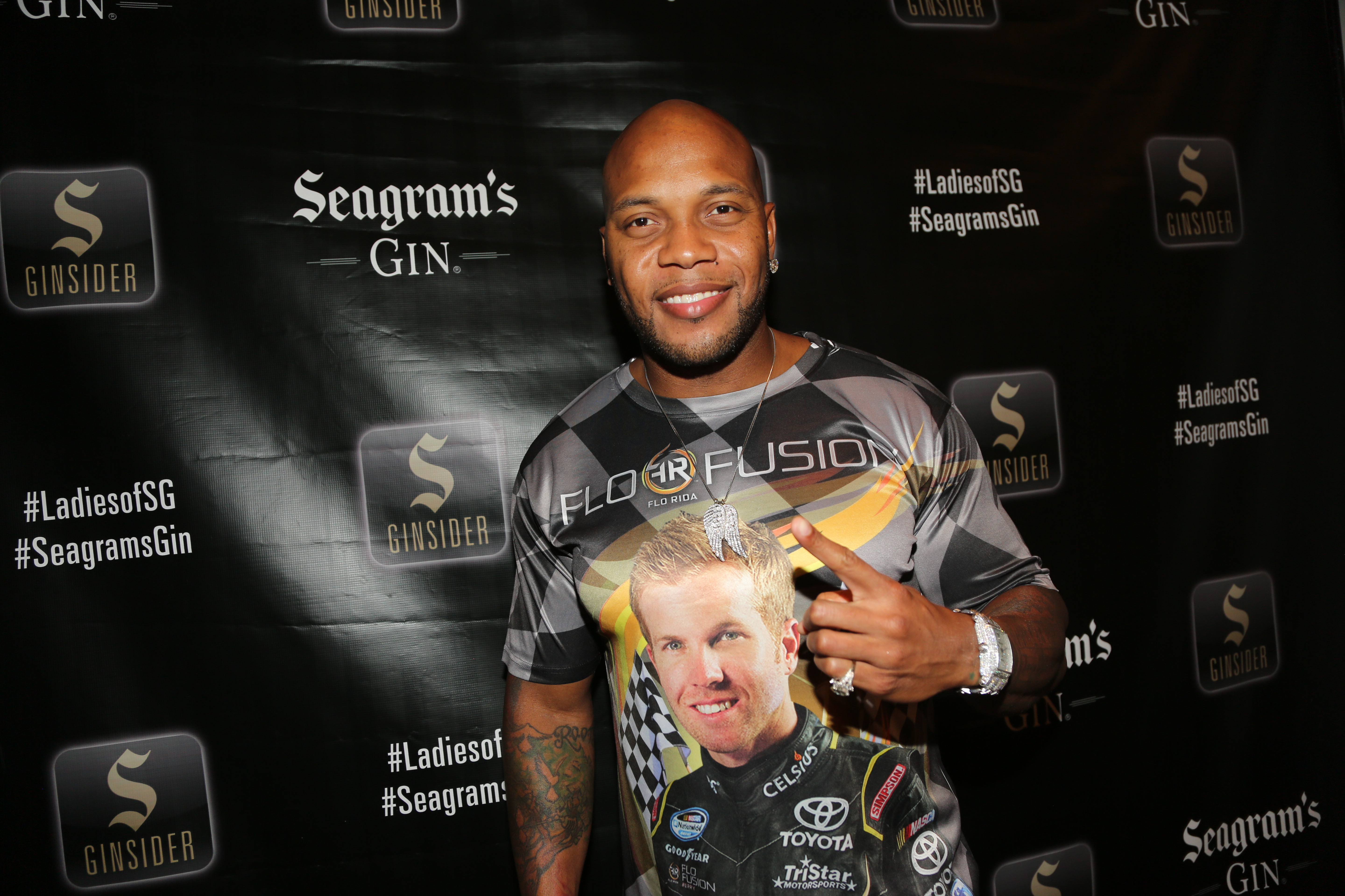 Flo Rida Gifting Suite at Video Music Awards 2