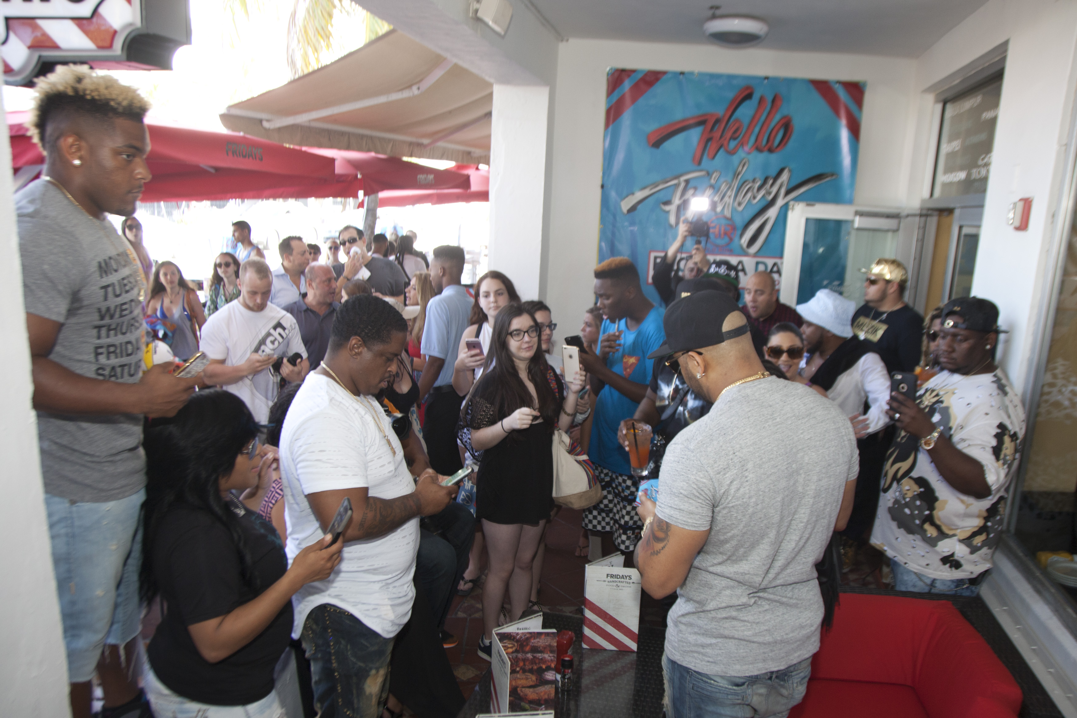 Flo Rida Meet & Greet at Flo Rida Day in Miami Beach - TGI Fridays