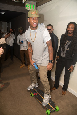 Jeremih Letting it Roll at Flo Rida'a VMA Gifting Suite