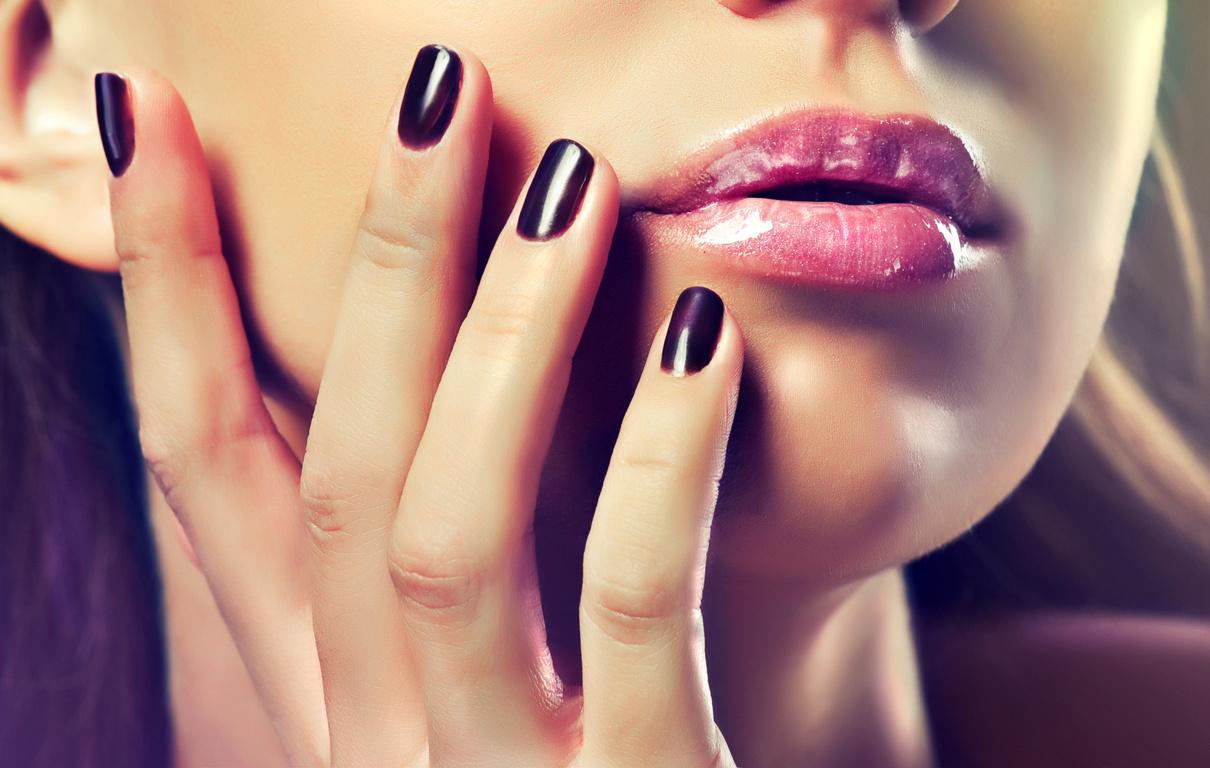 Ricostruzione Unghie e Makeup
