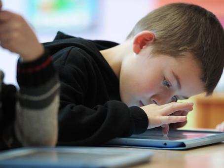La surexposition des enfants aux écrans : enjeu majeur de santé publique