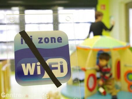 WiFi interdit ou limité dans les écoles