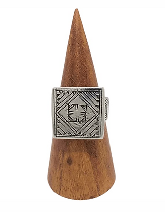 Etched Square Signet Ring .925