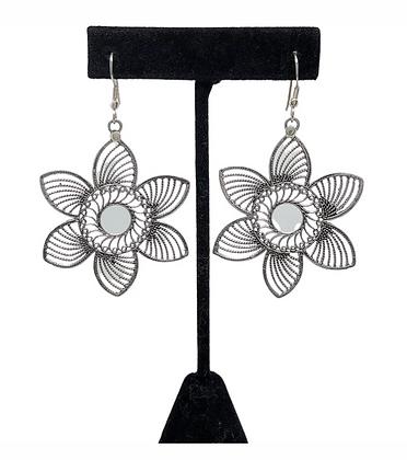 Lotus Etch Earrings .925