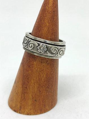 Kinetic Blossom Ring .925