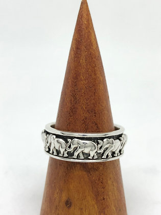 Kinetic Elephant Ring .925