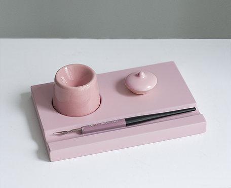 Набор предметов для чистописания (розовый)