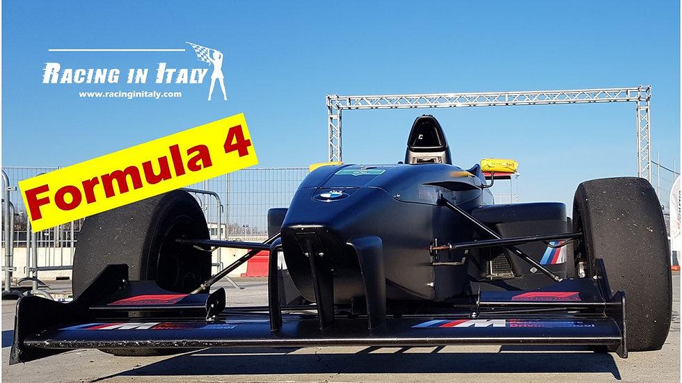 Giri in pista con una formula 4 include video | Tutta Italia