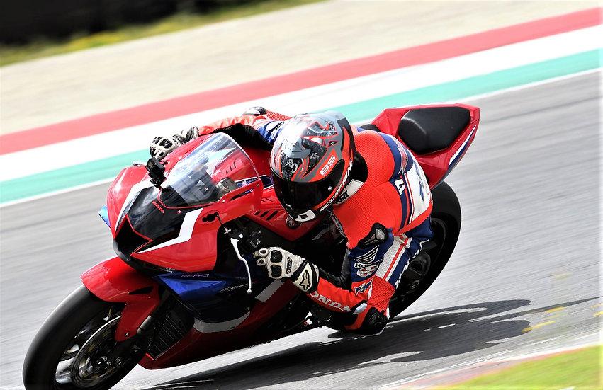 Giornata in pista con moto in Italia e in Europa