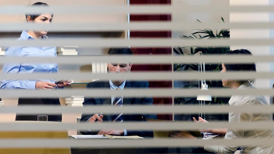 Meeting%20behind%20closed%20doors_edited.jpg