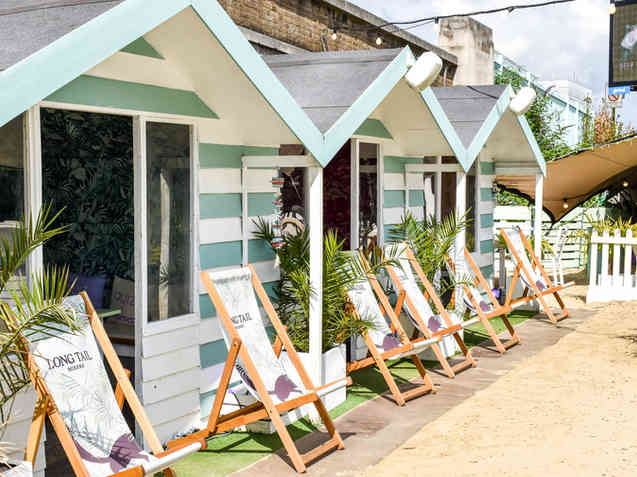 Beach Huts (6 people)