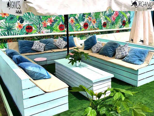 Veranda Sofas (4 to 6 people)