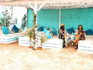 Beach Sofas (max 6 people)