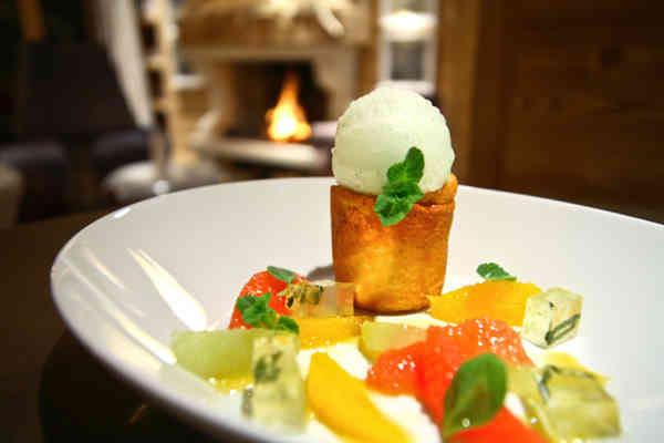 Le Chalet Blanc Food