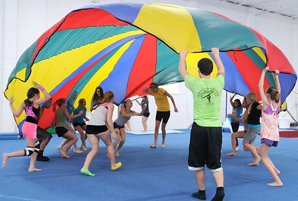 Group Parachute with coach