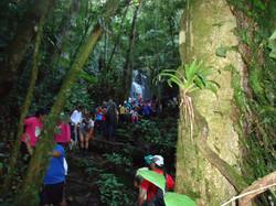 Grupo na Cachoeira Belchior