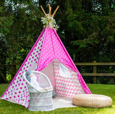 Kids luxe tipi party