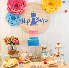 Kids sweet cake table