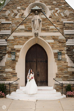 Bride infront of Blessed Sacrament