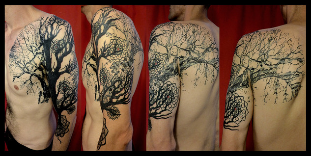 """GRAPHIC TREE OF LIFE"""