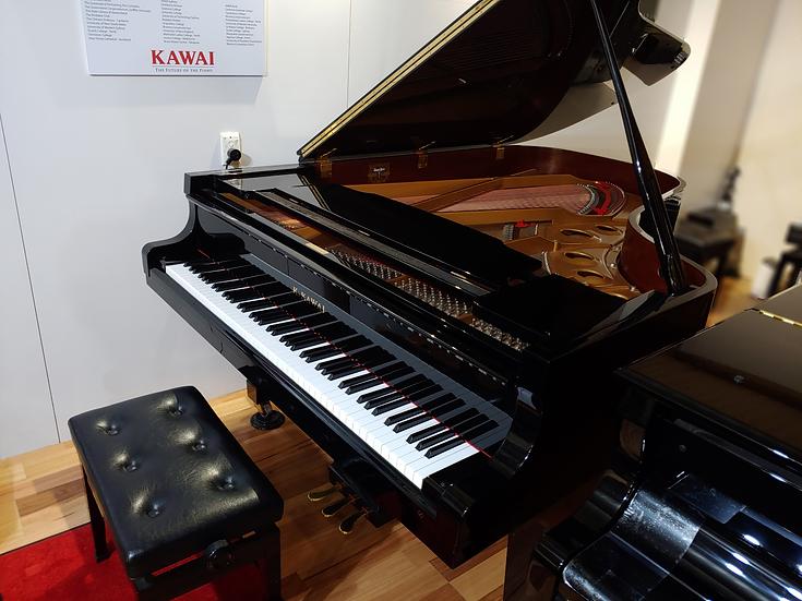 Kawai GS60 Concert Grand Piano