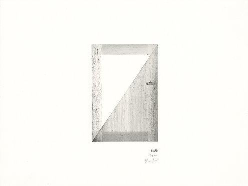 今井 恵 / almost a month, 8. APR 10 pm