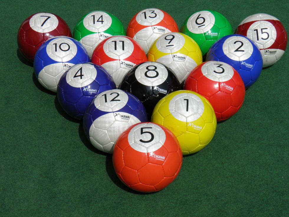 Kit US 17 Balls.JPG