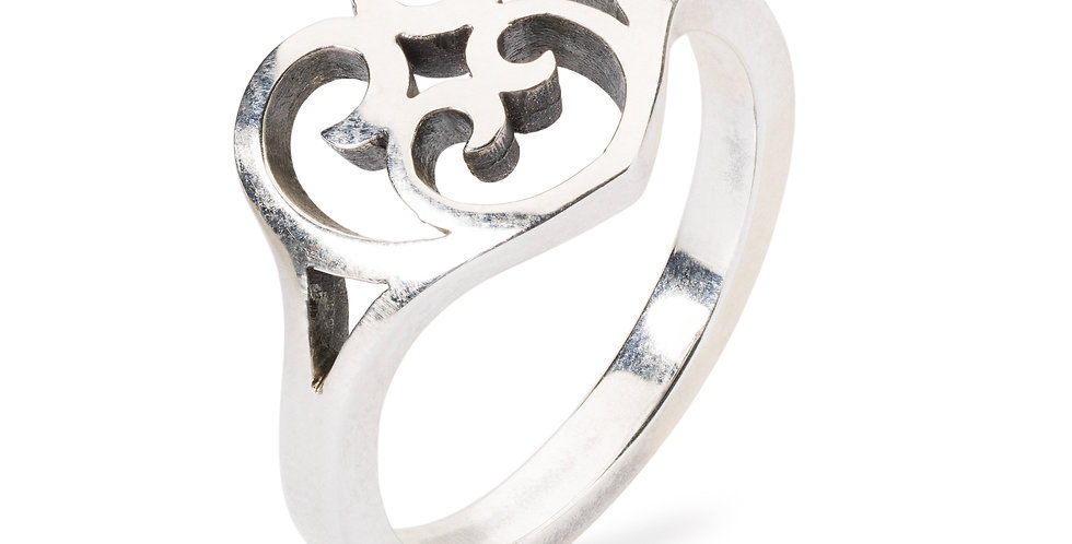 Passion Beat Ring