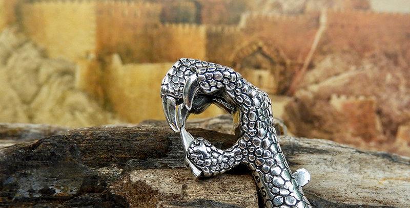 Eagle Claw Lock