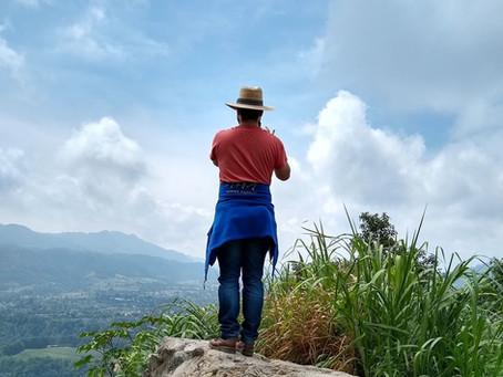 De retour de la 1ère Féria international de folklore de Puebla au Mexique...