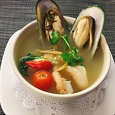# 20 Poh Teak  Soup (medium spicy)