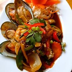 #36 Seafood Pad Prik Gang