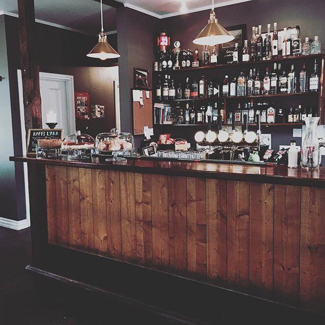 Le bar🎸 #kaffilára #elgrillópub #bar #nightscene
