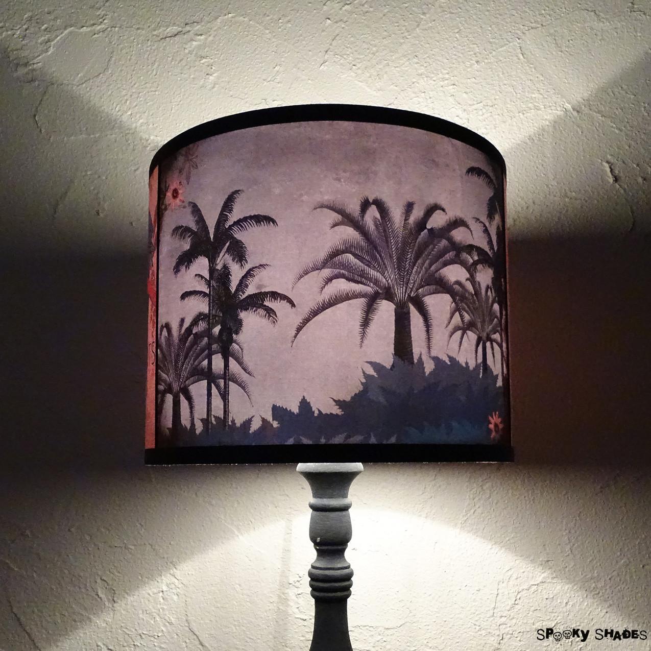 Speaking Parrots tropical decor lamp