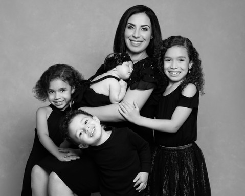 family-portrait-black and white-new jersey.jpg