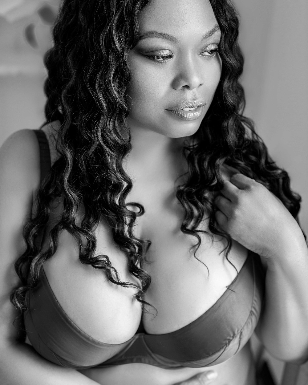 Boudoir photography - Daisy Rey Photography - black and white