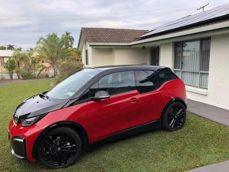 Electric car charger Myenergi Zappi BMW