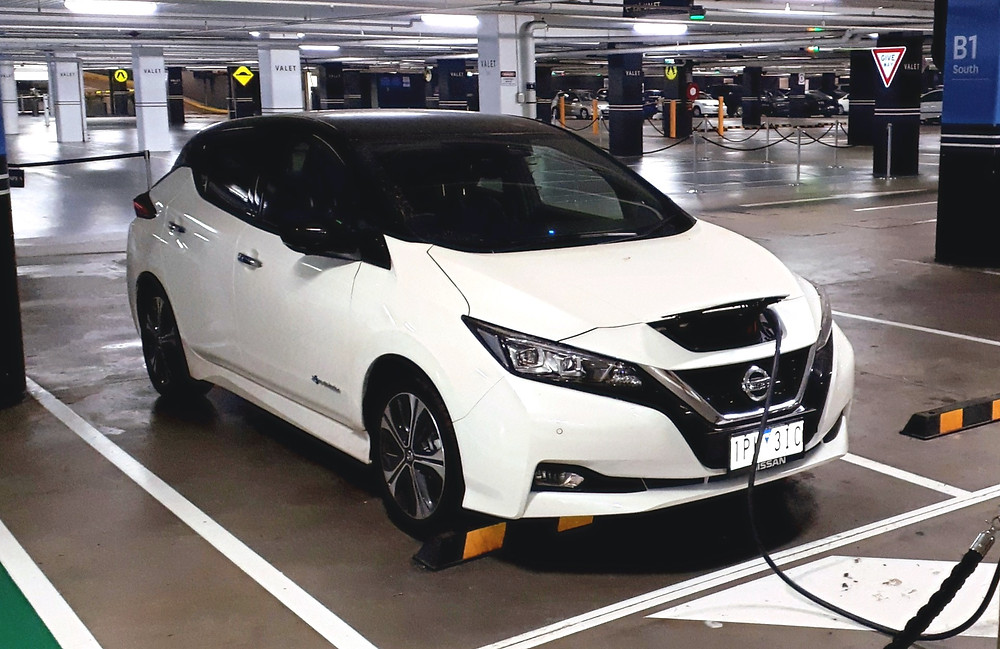 The very good looking and easy to charge 2019 Nissan LEAF