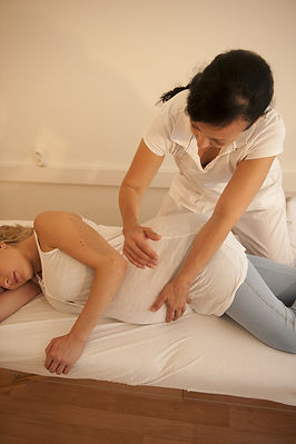 Schwangerschafts Massage.jpg