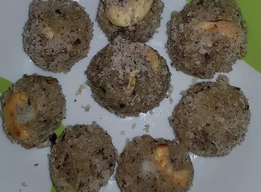 Keto Coconut Laddoo