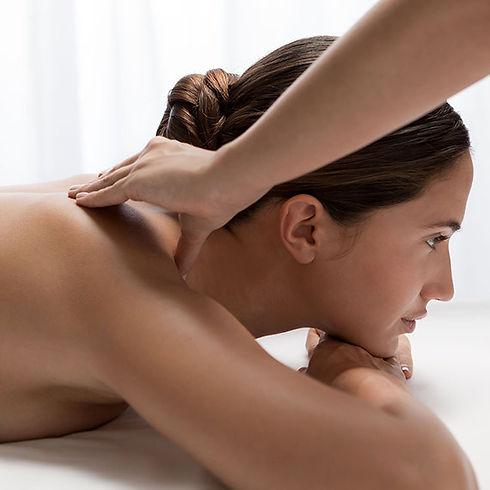 cinq_mondes_constance_massage_dos_4_bd_1