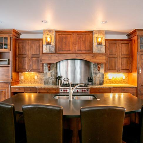 9.Kitchen.jpg